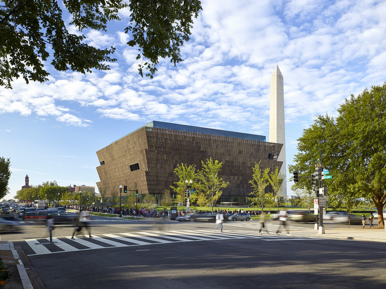 Smithsonian National Museum of African American History & Culture by Freelon Adjaye Bond / Smithgroup and Gustafson Guthrie Nichol. Credit: Alan Karchmer; rights held by The Smithsonian Institution.